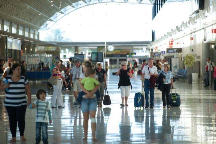 TUI cámara comercio fuerteventura CANARIAS Pasajeros internacionales Aeropuerto de Fuerteventura