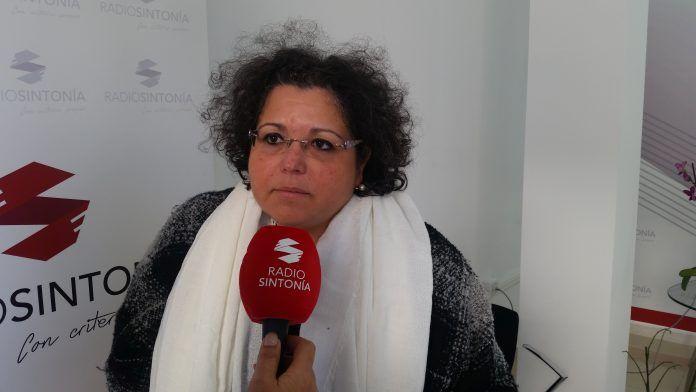 María del Carmen Hernández, presidenta de Aderis en los estudios de Radio Sintonía