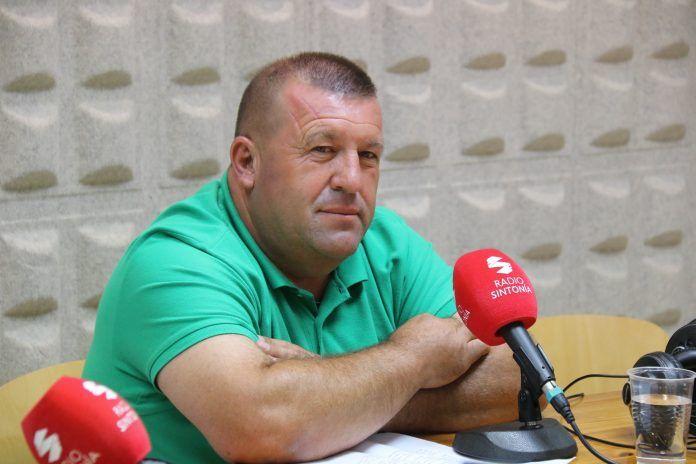 Matías Peña en el estudio de Radio Sintonía