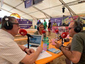 Rosi Polín y Daniel Suárez conducen El Salpicón de Radio Sintonía