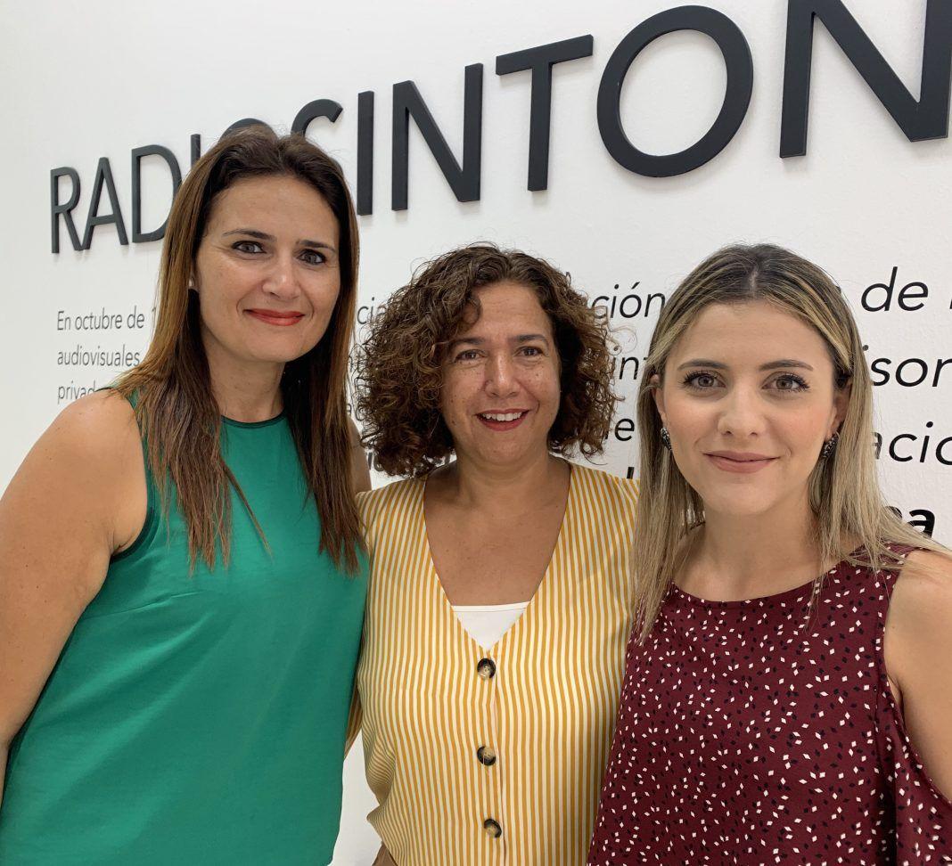 Carmen Nieves Hernández y Noemí de León (Radio Ecca Fuerteventura)