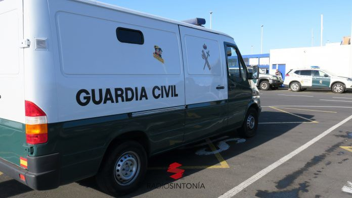 hombre expareja Guardia Civil del Puesto Principal de Corralejo